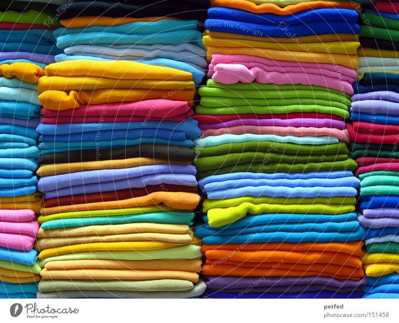 Viele, viele bunte... Dupattas Sommer Ferien & Urlaub & Reisen mehrfarbig Farbe Bekleidung Stoff Asien Ladengeschäft Indien verkaufen exotisch Schal Regal