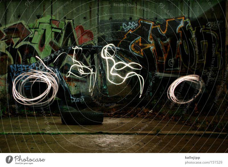 wir fahren auf feuererädern richtung zukunft durch die nacht Bewegung PKW Geschwindigkeit Feuer KFZ Sportrasen Schriftstück Mobilität Reifen Sportveranstaltung Fahrer Schrottplatz Führerschein