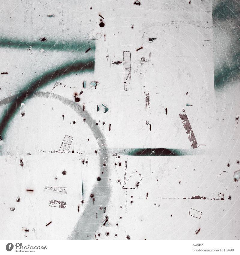Klebchen Schwarzes Brett Klebeband Zusammensein klein nah trashig viele verrückt Kunststoff dreckig durcheinander bizarr Rest Spuren Farbe Farbfoto