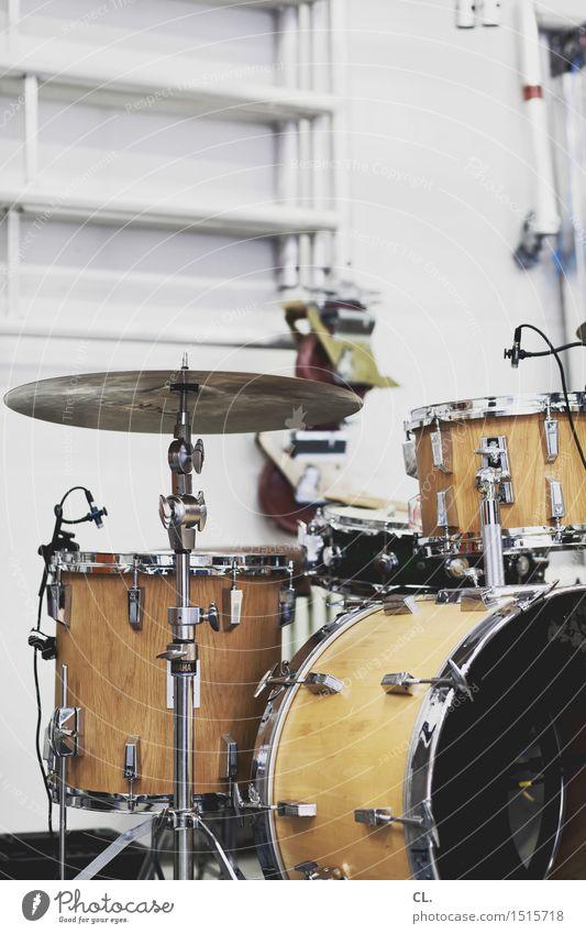 proberaum Freizeit & Hobby Raum Entertainment Musik Kultur Jugendkultur Subkultur Veranstaltung Show Musik hören Konzert Bühne Band Schlagzeug Pause Proberaum