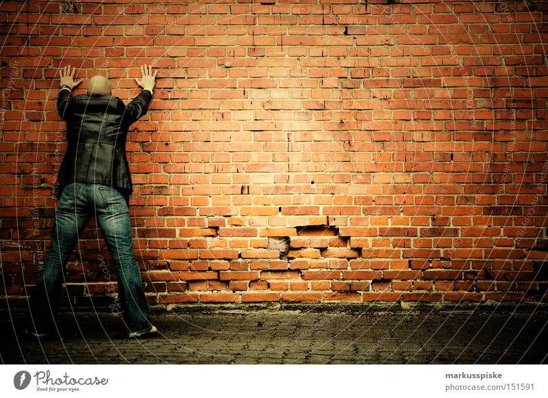 verhaftung gestellt Spitzel Verrat Gewalt Aktion Straftat verdeckt Kriminalität Agent Feindschaft Öffentlicher Dienst Angst Panik Moral verhaftet Suche