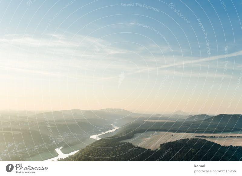 Silbernes Band Abenteuer Ferne Freiheit Umwelt Natur Landschaft Luft Himmel Wolken Sonnenaufgang Sonnenuntergang Sonnenlicht Sommer Schönes Wetter Feld Wald