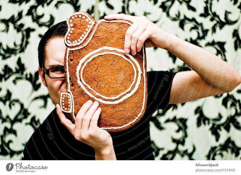 knusper knusper knäuschen... Weihnachten & Advent Freude lustig groß Kochen & Garen & Backen Geschenk Fotografie festhalten Fotokamera Gesichtsausdruck Kuchen Tapete Backwaren Fotografieren Hochformat Auslöser
