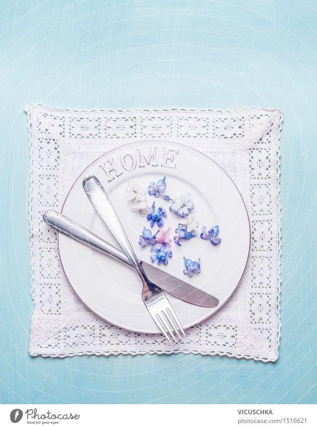 Tisch Gedeck mit Besteck und Blumen blau weiß Innenarchitektur Hintergrundbild Stil Feste & Feiern Party Wohnung Design elegant Dekoration & Verzierung
