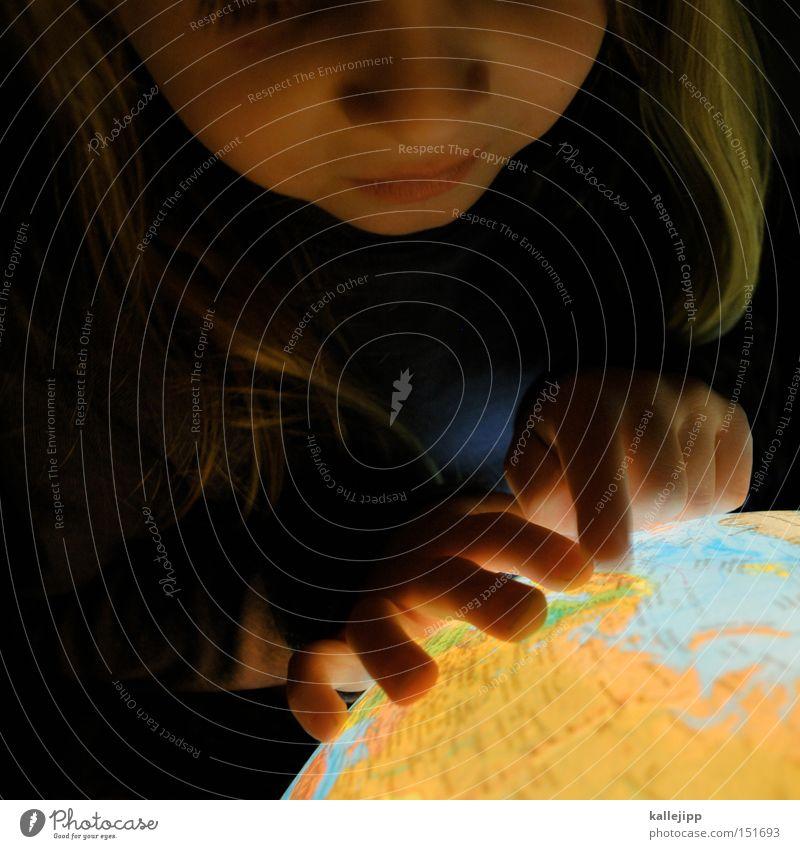 ich zeig dir die welt Kind Mädchen Ferien & Urlaub & Reisen Schule Erde Erde Tourismus Bildung Landkarte Globus Wissen Norwegen Planet Skandinavien Zeigefinger global