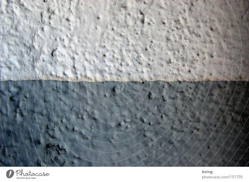 halbe-halbe Wand Putz Mauer Anstrich grau dunkelgrau 2 geteilt quer Länge Detailaufnahme Sportveranstaltung Konkurrenz Rauputz hellgrau Komponente