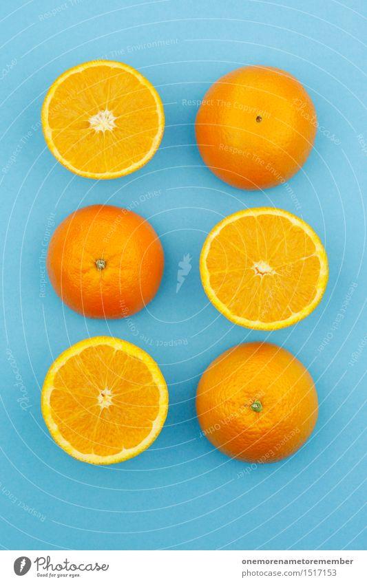 Jammy Orangen auf Blau Kunstwerk ästhetisch Orangensaft Orangenhaut Orangenschale Orangenscheibe blau Komplementärfarbe Kontrast lecker Lebensmittel