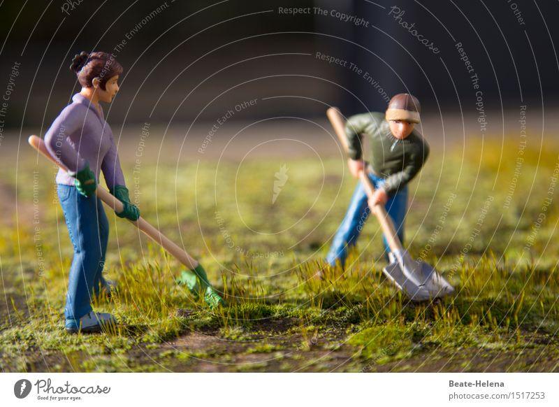 Damit nichts über den Kopf wächst Gesundheit Fitness Sport-Training Gartenarbeit Landwirtschaft Forstwirtschaft Frau Erwachsene Mann Natur Frühling Pflanze Gras