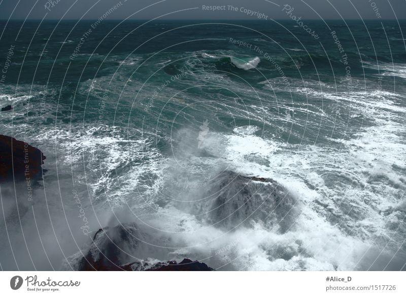 Stürmische See Natur Wasser Meer dunkel Umwelt Küste Hintergrundbild Stimmung Felsen Horizont Wetter Wellen Urelemente Seeufer Sturm