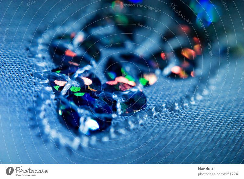Pallettenweise Pailletten schön blau Kunst glänzend Kitsch Dekoration & Verzierung Reichtum Handwerk Kunsthandwerk Handarbeit mädchenhaft Stickereien