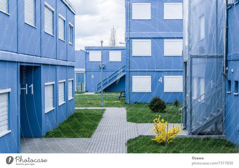 Containerdorf blau Haus Fenster Architektur Gebäude Fassade Wohnung Treppe Tür trist einfach Bauwerk Hütte eckig Problemlösung