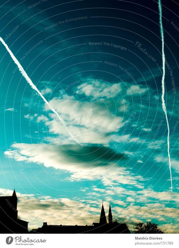 Die drei Türme klassisch Himmel Wolken Kondensstreifen dramatisch Winter Sonnenuntergang Nachmittag Stadt historisch Wahrzeichen Denkmal Turm Religion & Glaube
