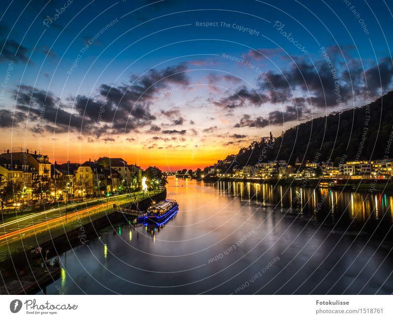 Der Neckar in Heidelberg zur blauen Stunde Lifestyle Ferien & Urlaub & Reisen Tourismus Ausflug Sightseeing Städtereise Wassersport Architektur Kultur Fluss