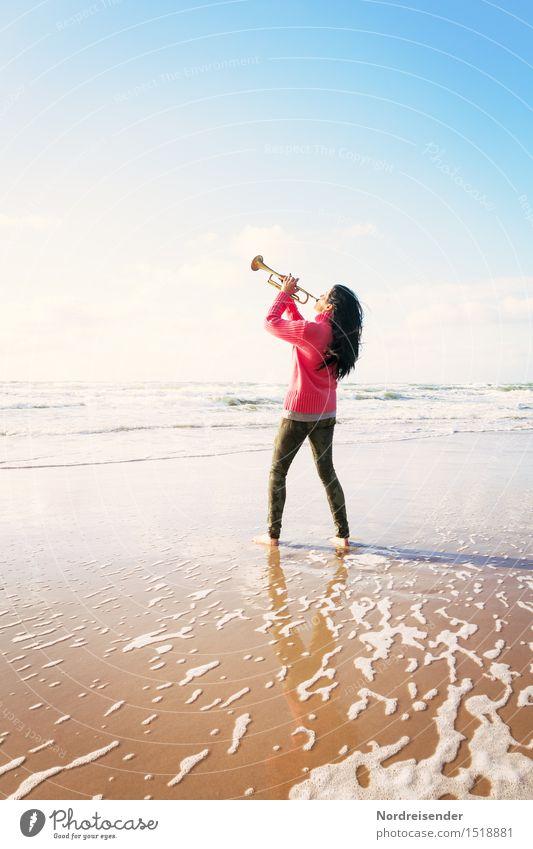 Klangfarbe   Hintergrundrauschen Mensch Frau Meer Freude Strand Erwachsene Leben Lifestyle feminin Freiheit Freizeit & Hobby Musik ästhetisch Kreativität