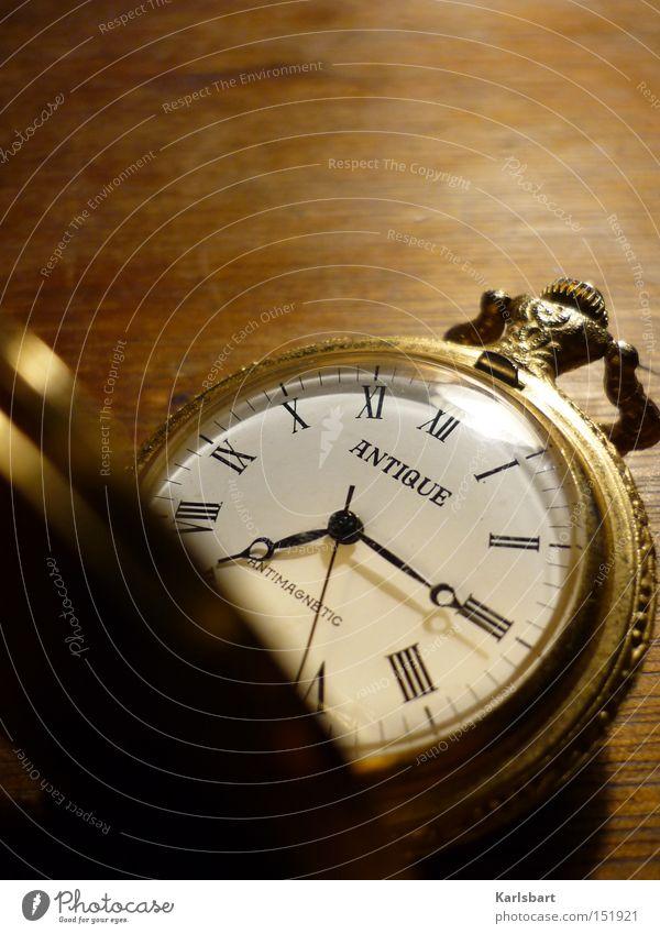 traumzeit. alt Denken träumen Kunst Zeit gold elegant Uhr Wachstum Zukunft Wandel & Veränderung Suche Vergänglichkeit Ziffern & Zahlen Kultur Zifferblatt