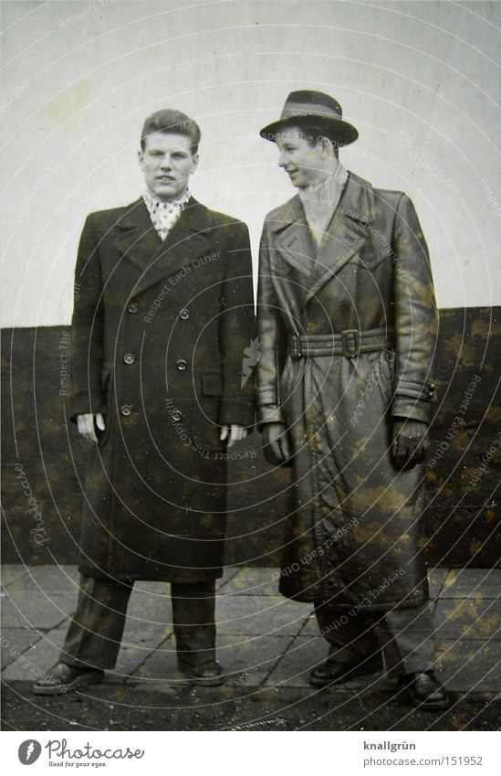 Schick! Mann Schwarzweißfoto Sechziger Jahre Mantel Hut Handschuhe 2 Winter Ledermantel