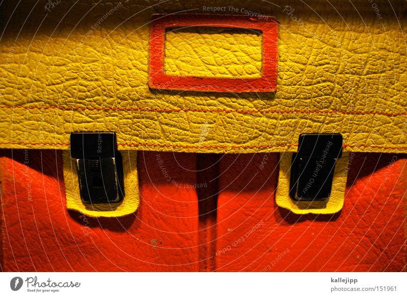 schulferien Ferien & Urlaub & Reisen Schule Arbeit & Erwerbstätigkeit Bildung Schüler Tasche Lehrer Mappe PISA-Studie Namensschild Schulranzen Schulbank Schulparty