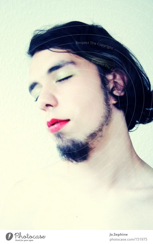milk and honey Schminke Lippenstift Mensch feminin androgyn Mann Erwachsene 1 18-30 Jahre Jugendliche Bart Erholung genießen träumen außergewöhnlich einzigartig