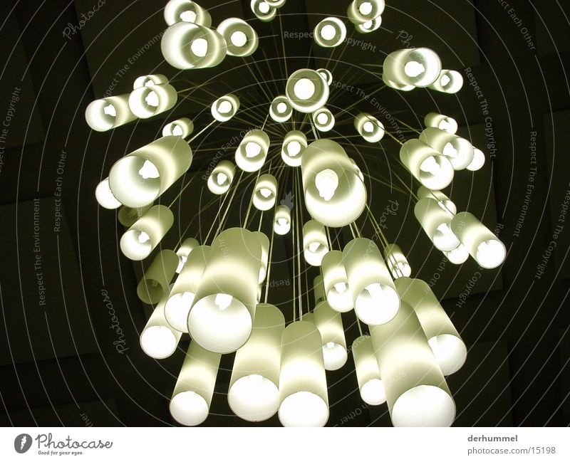 Fallendes Lichtermeer Lampe Beleuchtung Surrealismus Futurismus Fototechnik Milchglas Energiesparlampe Hängelampe