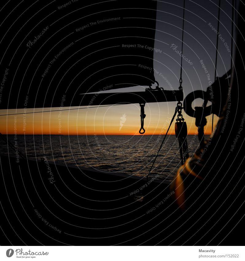 Atalanta: Sonnenuntergang Wasser Meer rot ruhig Ferne Freiheit Stimmung Kraft Wellen Seil Horizont Hoffnung Insel Romantik Kitsch Unendlichkeit