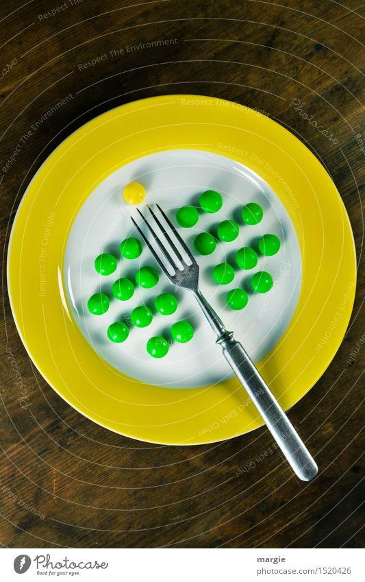 Aufgespießt! grün gelb Essen Gesundheit Holz Lebensmittel Dekoration & Verzierung Ernährung Spitze Kochen & Garen & Backen Zeichen Punkt Bioprodukte Frühstück