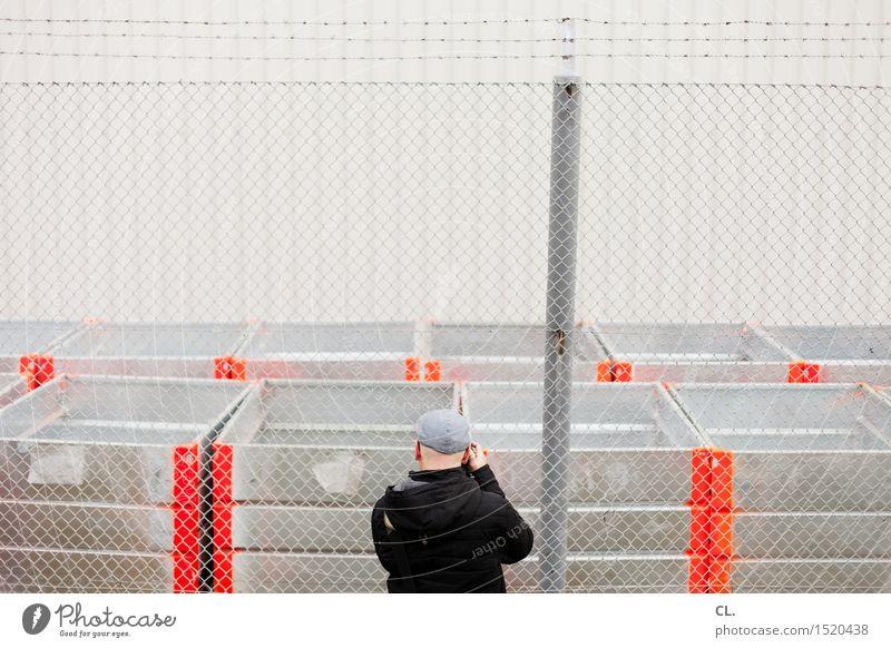 HH16.1 | länsen Mensch Mann Erwachsene Wand Leben Mauer Arbeit & Erwerbstätigkeit maskulin Freizeit & Hobby Beruf Zaun Fabrik Mütze Jacke Inspiration