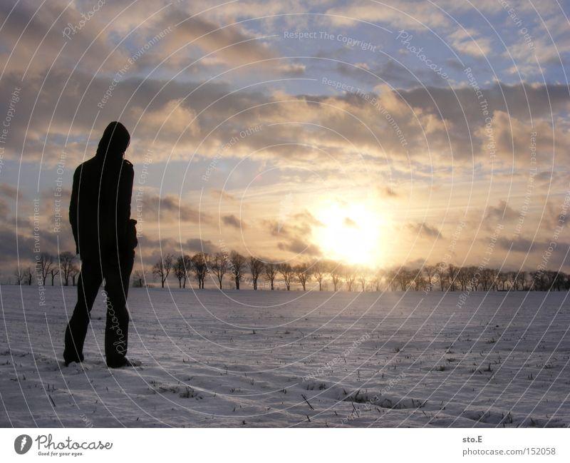 Was wir brauchen... Mensch Natur Himmel Winter Ferne kalt Schnee Landschaft Stimmung Feld Körperhaltung Allee Brandenburg