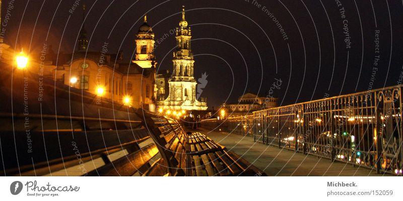 Brühlsche Terasse in Dresden Bank Burg oder Schloss historisch Geländer Sitzgelegenheit Brühlsche Terrasse