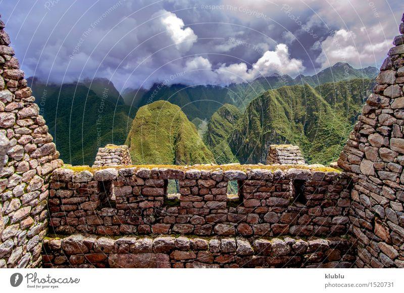 Inkastadt Machu Picchu (Peru) Tourismus Berge u. Gebirge Wolken Regen Wald Stadt Ruine Gebäude Terrasse Wege & Pfade Stein alt entdecken historisch