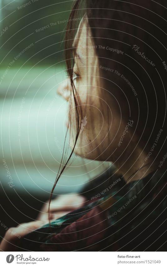 Herbst Portrait Lifestyle elegant Stil Design schön Haare & Frisuren Haut Mensch maskulin Junge Frau Jugendliche Leben Kopf Auge 18-30 Jahre Erwachsene Natur