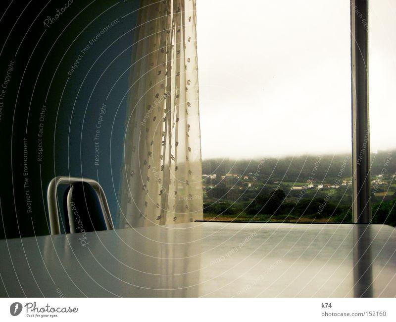 Pantin, Galicia Aussicht Panorama (Aussicht) Fenster Gardine Stuhl Tisch Einsamkeit Menschenleer Berge u. Gebirge sentimental trist Reflexion & Spiegelung
