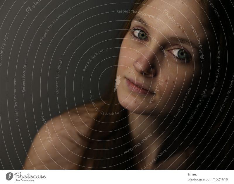 . Mensch schön ruhig Leben feminin Denken Zufriedenheit Kraft warten beobachten Neugier Kontakt Gelassenheit entdecken Vertrauen Wachsamkeit