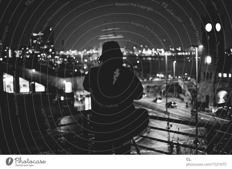 max mit stativ Mensch Ferien & Urlaub & Reisen Stadt Winter dunkel Erwachsene Straße Leben Wege & Pfade Tourismus PKW Freizeit & Hobby Verkehr Hamburg Hafen Jacke