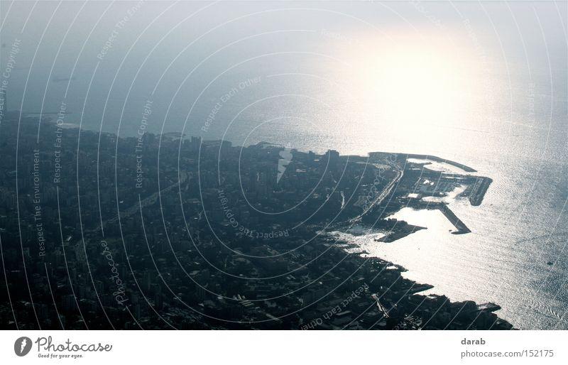 Harisa Wasser Sonne Meer Stadt Ferne grau hell Vogel Küste groß Perspektive Aussicht Konzentration Beirut Libanon