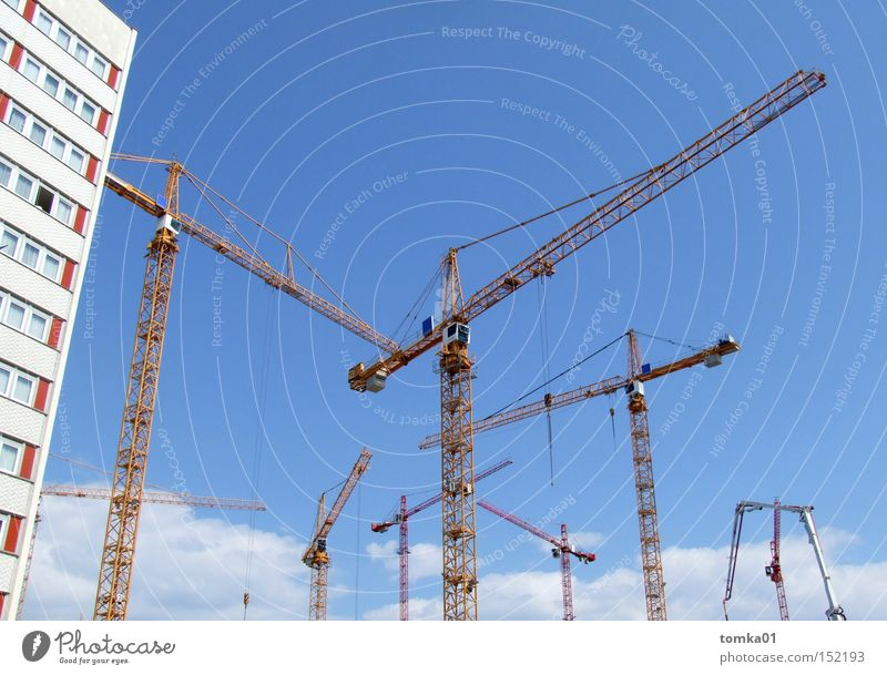 Aufschwung Ost Himmel Stadt Haus Architektur Arbeit & Erwerbstätigkeit Hochhaus hoch Industrie Baustelle Mitte Hotel Handwerk Dresden Maschine