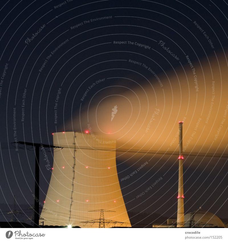 Dreckschleuder ll Beleuchtung Kraft Energie Kraft Industrie Elektrizität gefährlich bedrohlich Strahlung Umweltverschmutzung Kernkraftwerk resignieren ausschalten resignierend Radioaktivität Atommüll