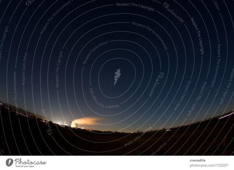 Himmelskurve mit Akw Himmel Beleuchtung Industrie Elektrizität gefährlich bedrohlich Strahlung Planet Umweltverschmutzung Kernkraftwerk Müll Radioaktivität Atommüll Ohu