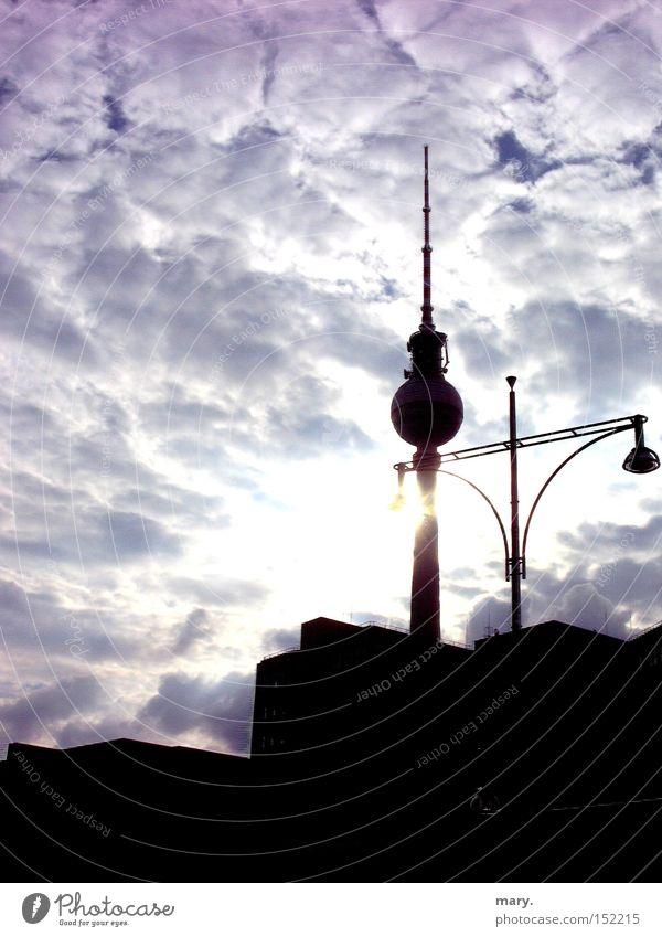 du bist so wunderbar, Berlin Himmel Sonne Wolken Kunst Kultur Laterne Berliner Fernsehturm