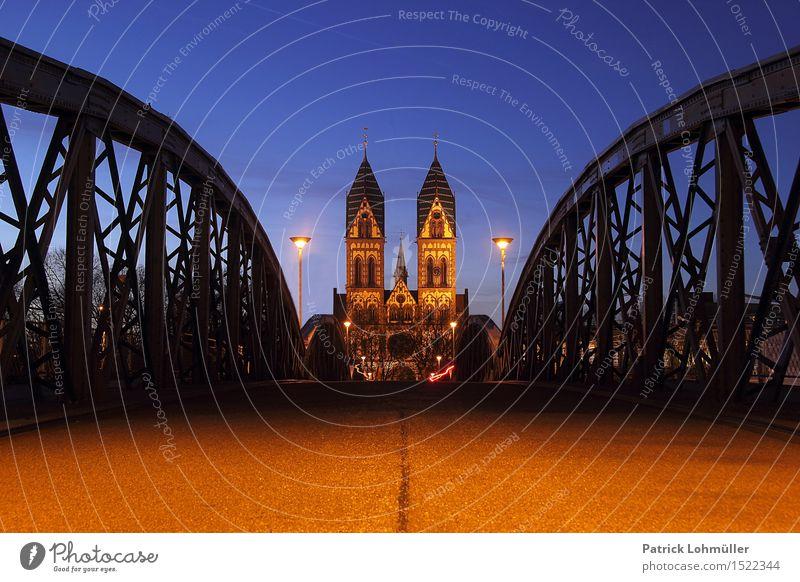 Wiwilibrücke Freiburg Sightseeing Städtereise Wolkenloser Himmel Nachthimmel Schönes Wetter Freiburg im Breisgau Deutschland Baden-Württemberg Europa Stadt