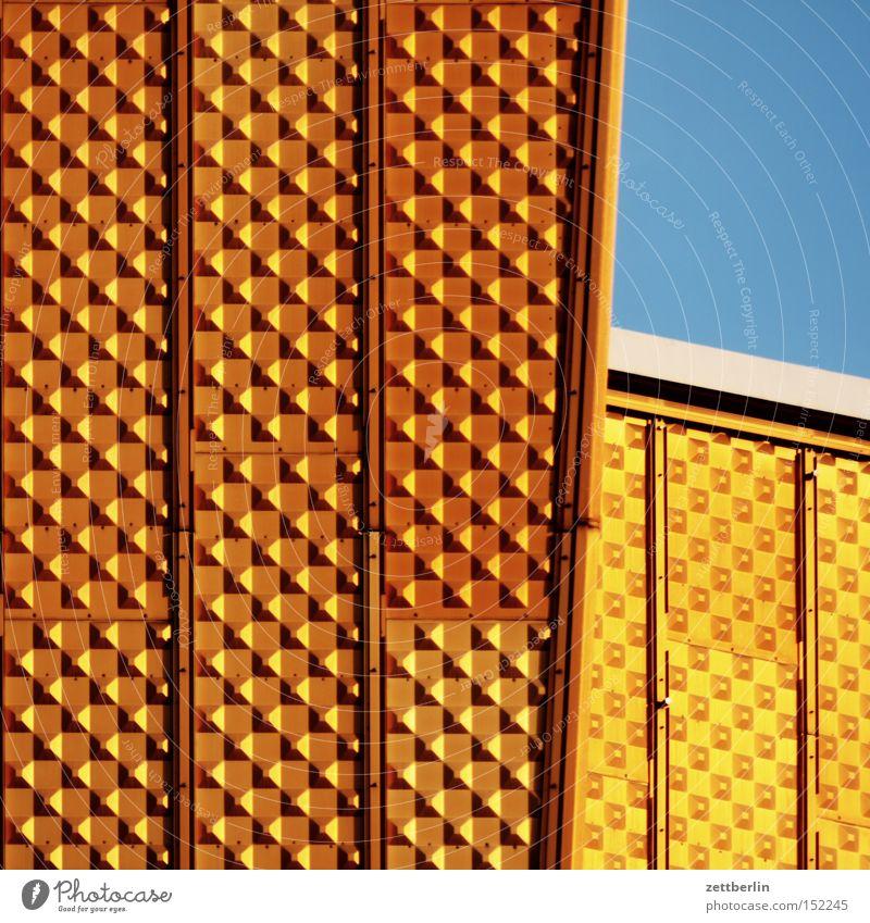 Philharmonie gelb Berlin Gold gold Baustelle Kultur Denkmal Bauwerk Wahrzeichen Kunstwerk Werk Berliner Philharmonie