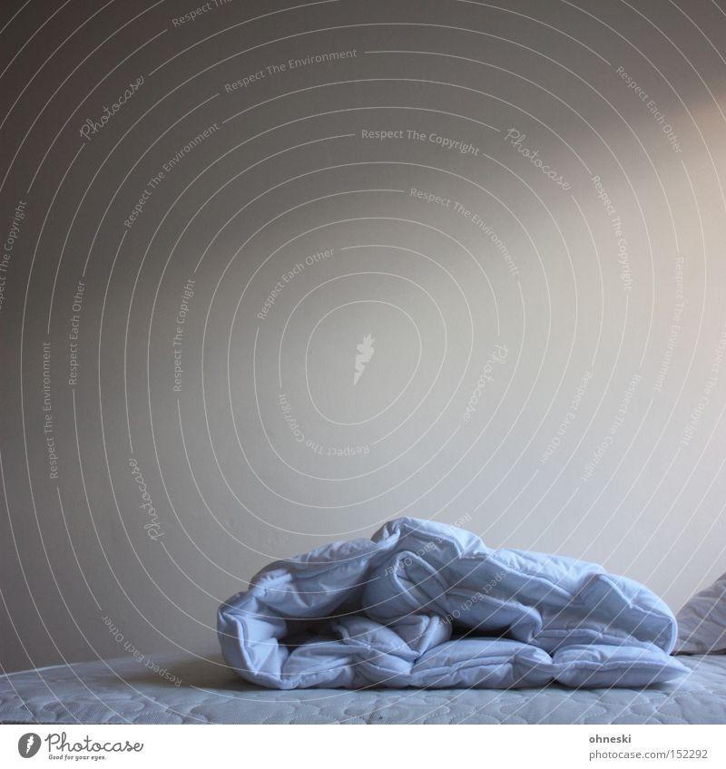 Abgezogen Einsamkeit kalt schlafen leer Bett Decke Haushalt Schlafzimmer Bettdecke Schlafmatratze zudecken
