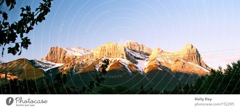 Canmore can more Schnee Herbst Berge u. Gebirge orange Gipfel Sonnenaufgang Kanada Schönes Wetter Gletscher Nationalpark Alberta Rocky Mountains