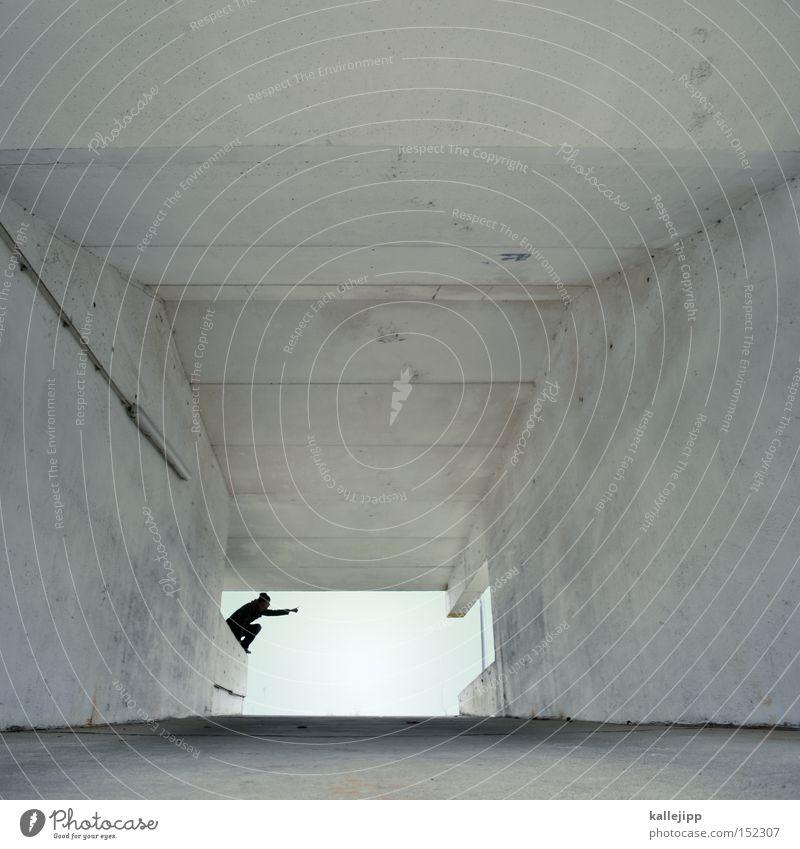 wo sind die weissen weihnachten? weiß Einfahrt Autobahnauffahrt Parkhaus Mann Mensch zeigen Orientierung Navigation Tunnel Arme Armut Richtung Horizont