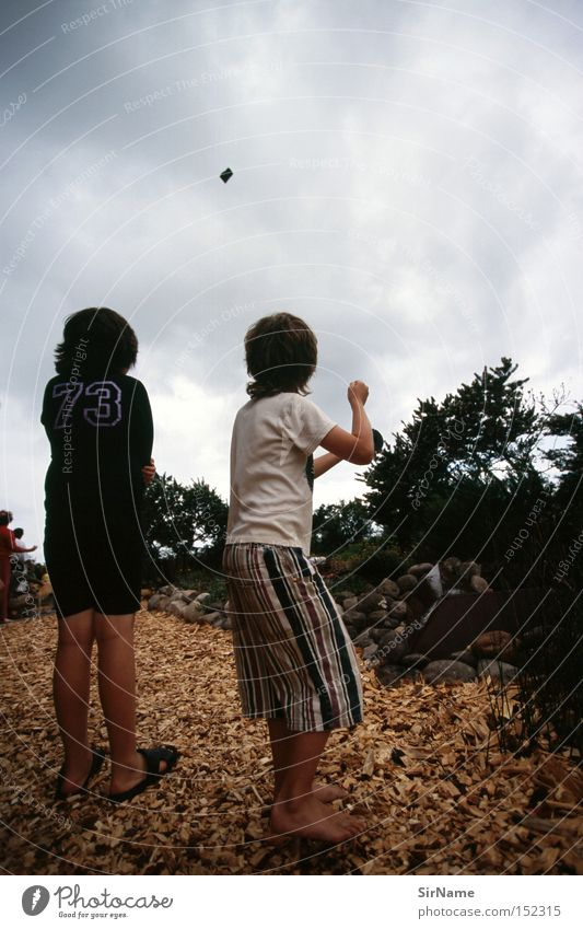 32 [endlich sturm!] Kind Freude Wind Leidenschaft Unwetter Sturm Gewitter Lenkdrachen Spielzeug