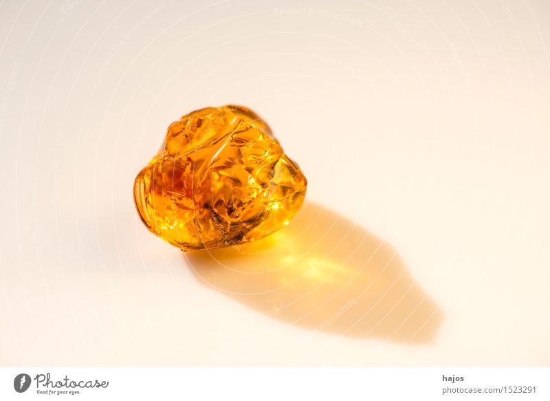 Bernstein Alternativmedizin Medikament alt leuchten gelb baltisch Baumharz strahlend Edelstein Halbedelstein Mineralien Heilstein Heilung selten Urzeit