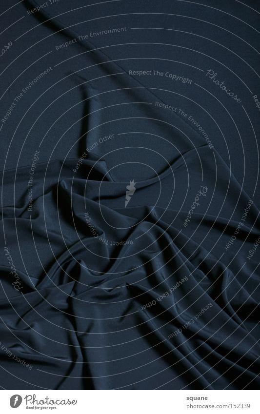 Satin Mountains schwarz dunkel Berge u. Gebirge glänzend Bekleidung Dekoration & Verzierung Stoff obskur Falte Tuch Textilien Bergkette Seide Samt knittern