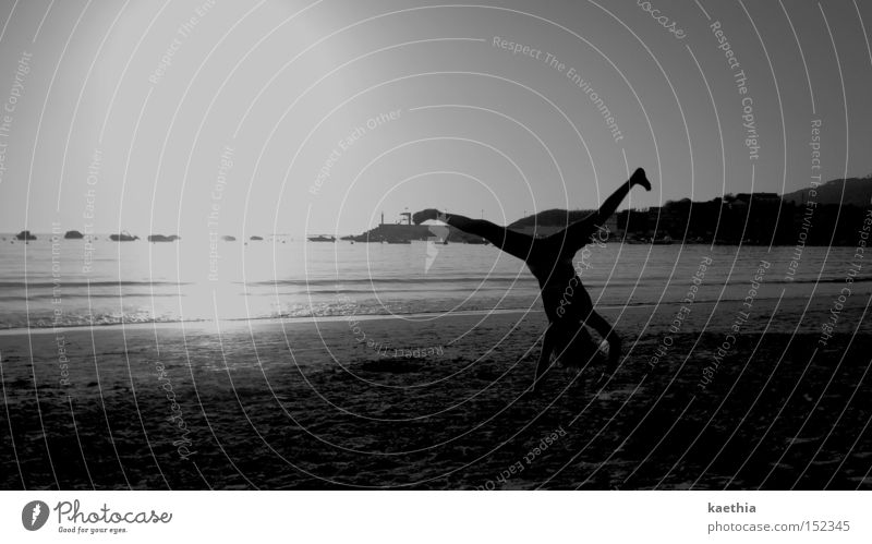 strandtanz Mensch Sonne Meer Strand Küste Wellen Tanzen Bikini Radschlagen