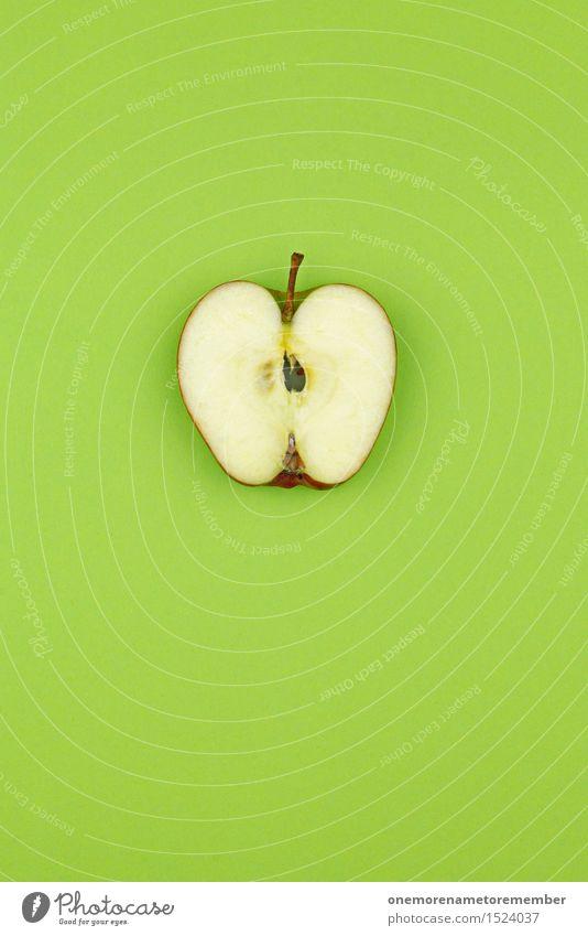 Apfelscheibe auf Grünfläche Lifestyle Design Gesunde Ernährung Fitness Leben Wohlgefühl Kunst Kunstwerk ästhetisch grün Grünstich grasgrün knallig mehrfarbig
