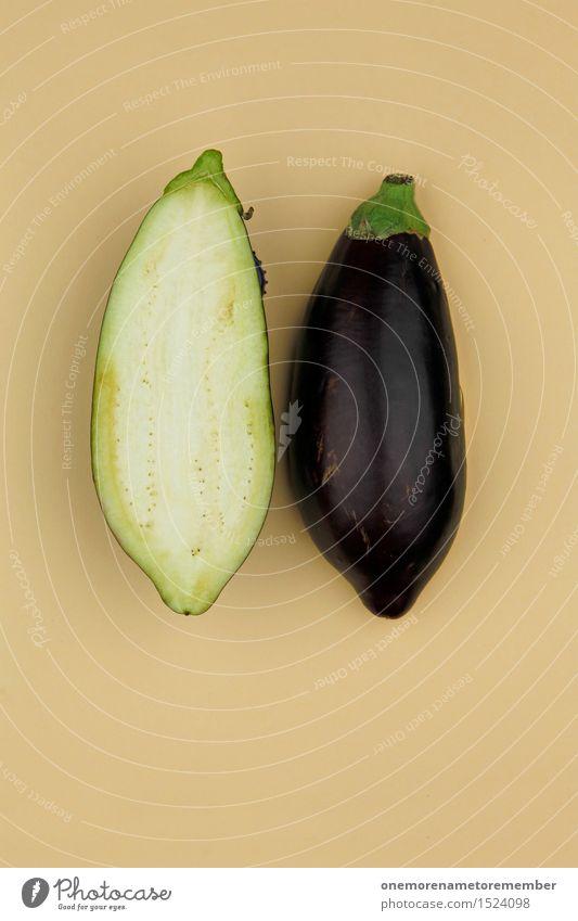 Aubergine... Zack! Gesunde Ernährung Kunst Design ästhetisch Gemüse Bioprodukte ökologisch Kunstwerk Symmetrie Hälfte geschnitten Hülle beige