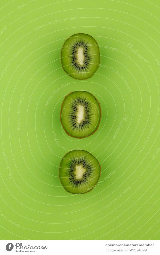 Kiwi-Dreier...Zack! Kunst Kunstwerk ästhetisch Frucht Südfrüchte 3 grün Reihe Symmetrie lecker vitaminreich grasgrün Farbfoto mehrfarbig Innenaufnahme